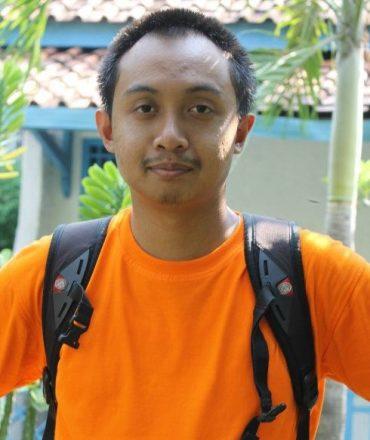 Suryo Waskito-orange